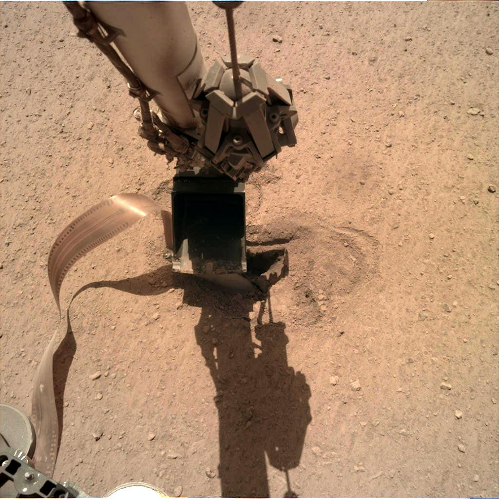 Nasa's Mars lander InSight acquired this image using its Instrument Deployment Camera on Sol 481