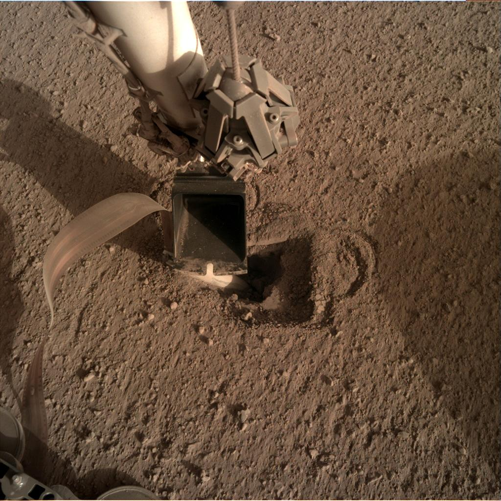 Nasa's Mars lander InSight acquired this image using its Instrument Deployment Camera on Sol 505