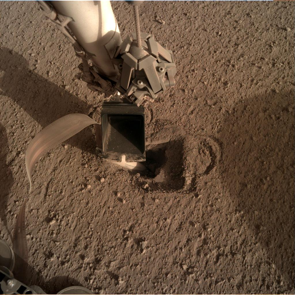 Nasa's Mars lander InSight acquired this image using its Instrument Deployment Camera on Sol 507