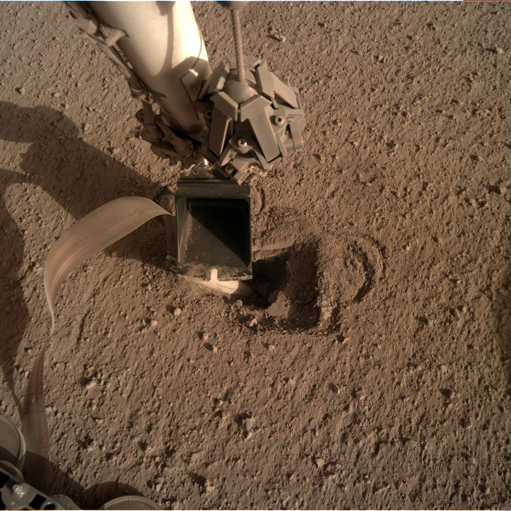 Nasa's Mars lander InSight acquired this image using its Instrument Deployment Camera on Sol 509