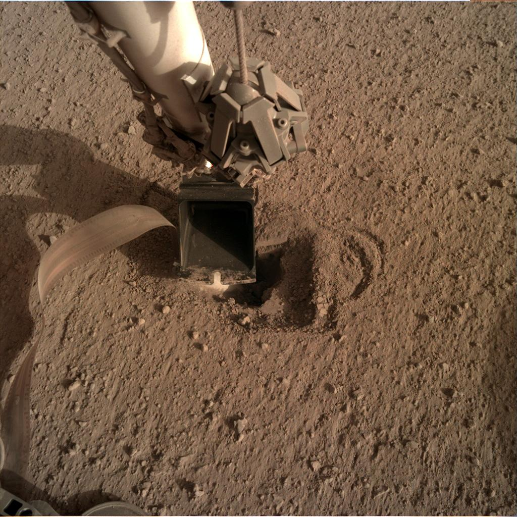 Nasa's Mars lander InSight acquired this image using its Instrument Deployment Camera on Sol 530