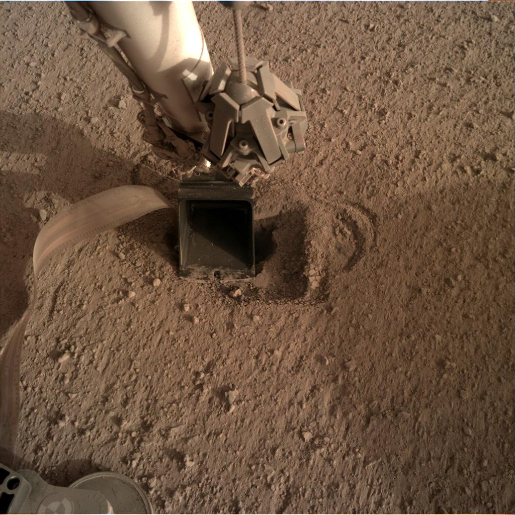 Nasa's Mars lander InSight acquired this image using its Instrument Deployment Camera on Sol 537