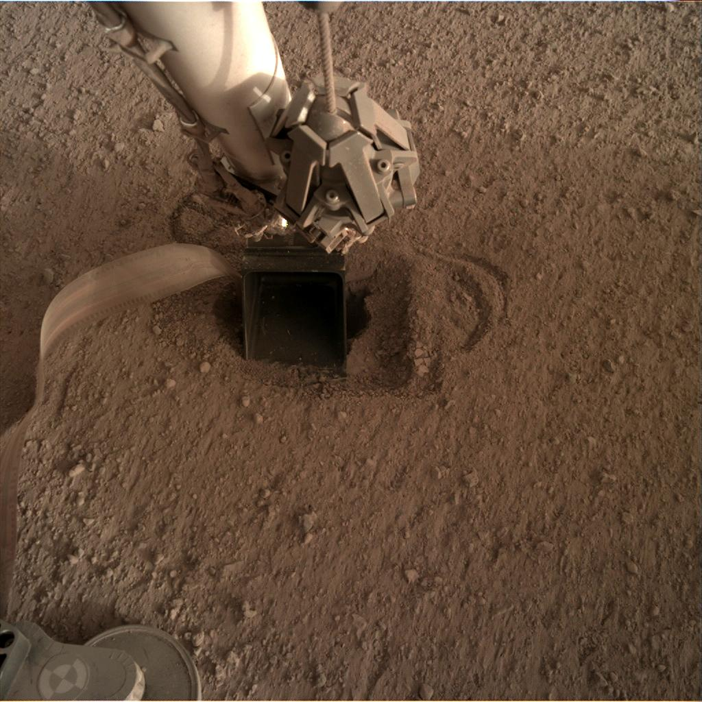 Nasa's Mars lander InSight acquired this image using its Instrument Deployment Camera on Sol 544