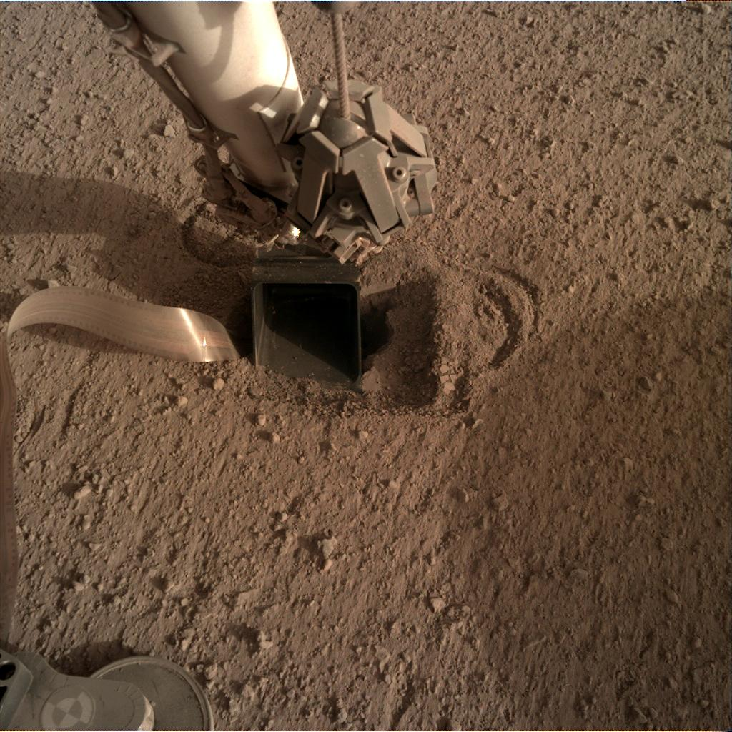 Nasa's Mars lander InSight acquired this image using its Instrument Deployment Camera on Sol 551