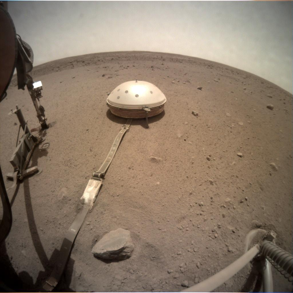 Nasa's Mars lander InSight acquired this image using its Instrument Context Camera on Sol 552
