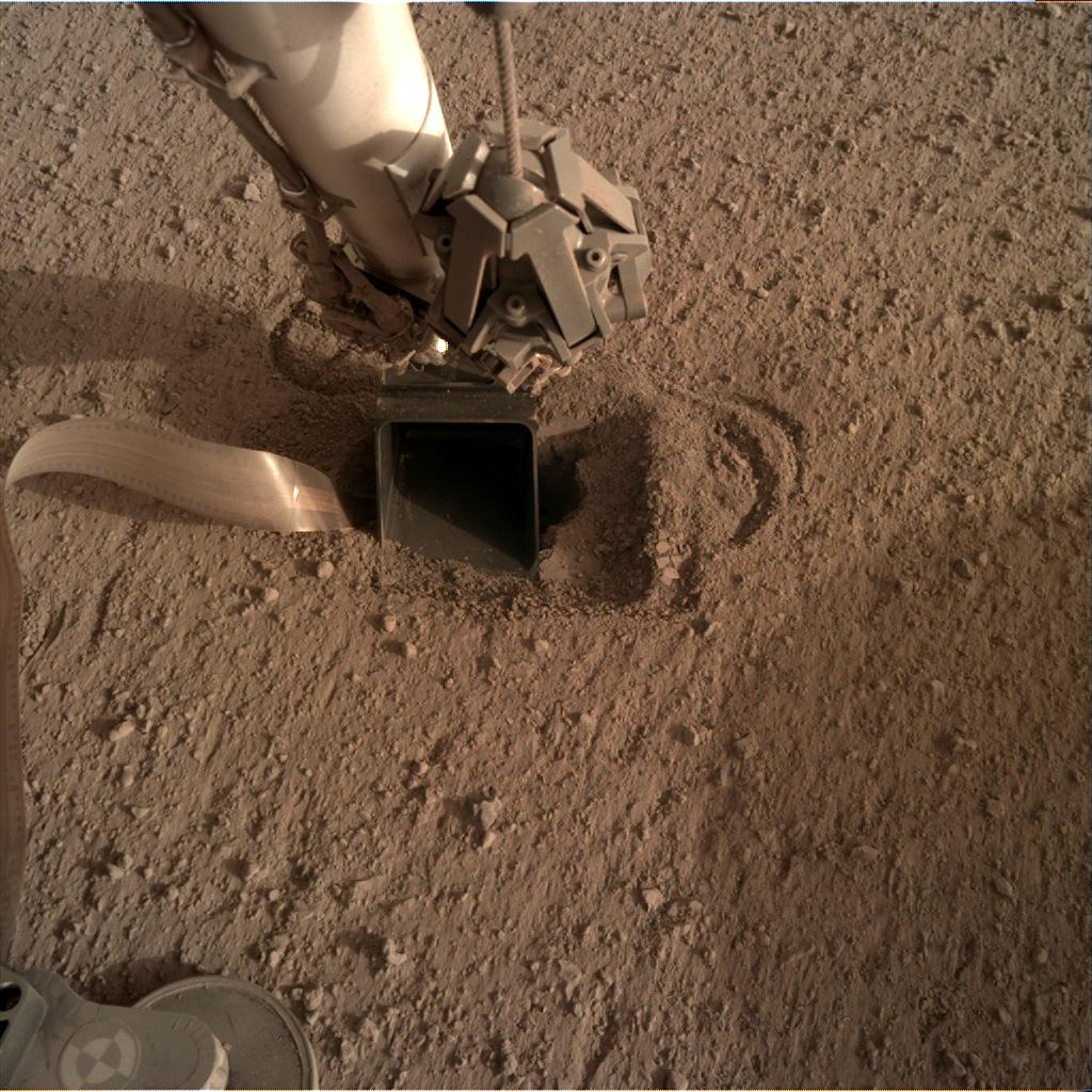 Nasa's Mars lander InSight acquired this image using its Instrument Deployment Camera on Sol 560
