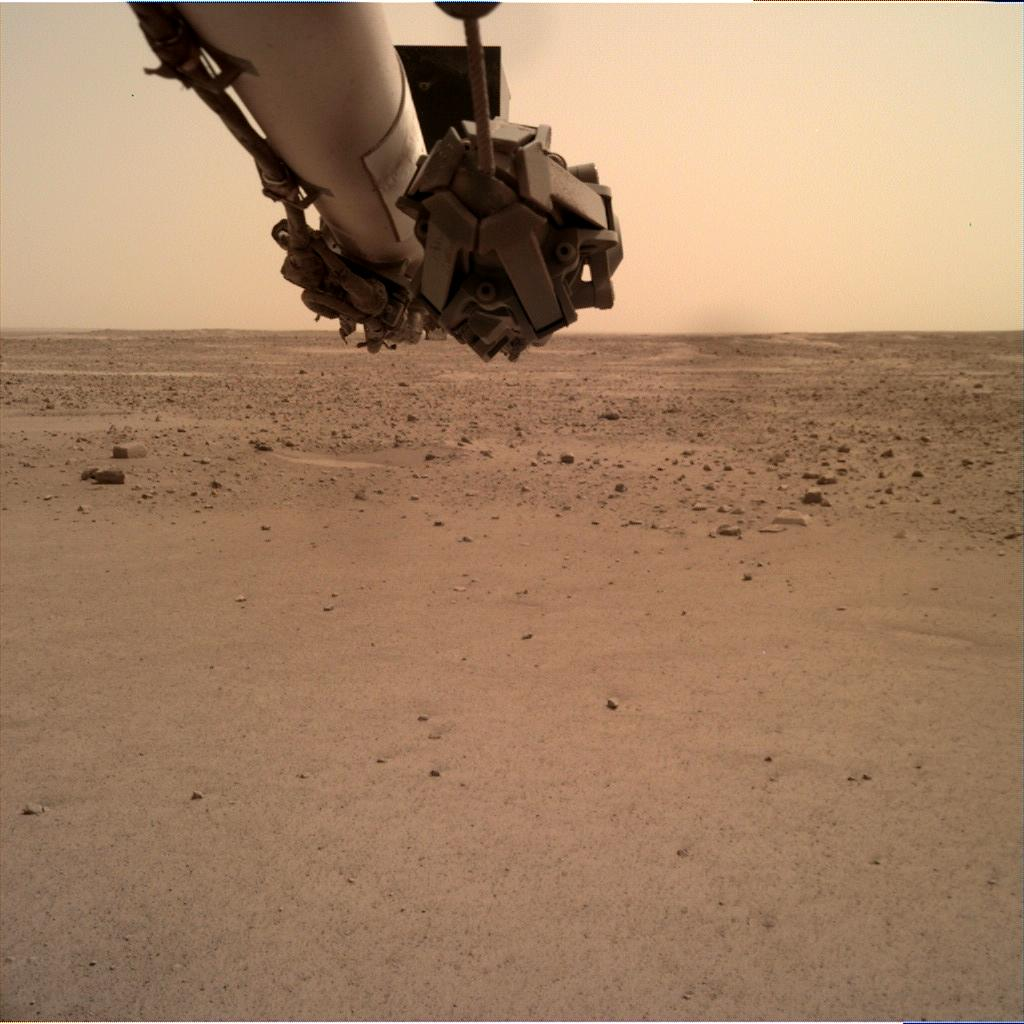 Nasa's Mars lander InSight acquired this image using its Instrument Deployment Camera on Sol 587