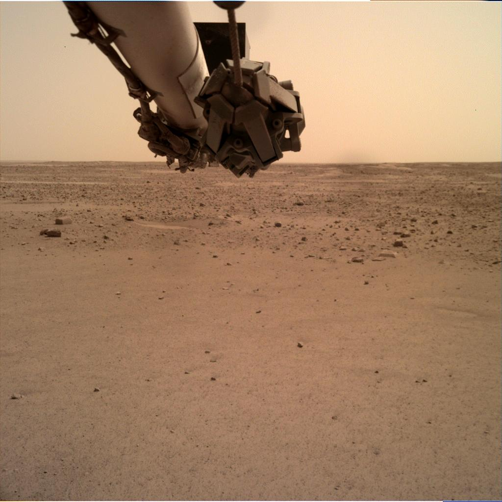 Nasa's Mars lander InSight acquired this image using its Instrument Deployment Camera on Sol 589