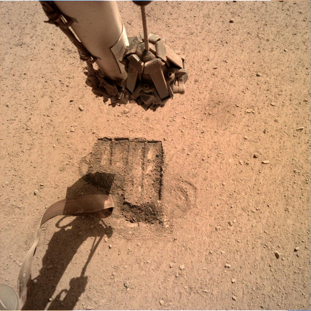 Nasa's Mars lander InSight acquired this image using its Instrument Deployment Camera on Sol 675