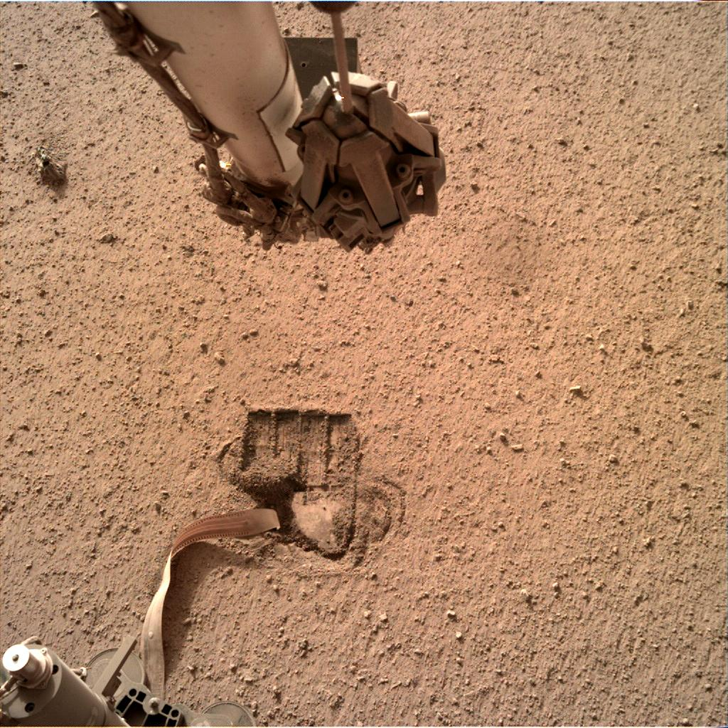 Nasa's Mars lander InSight acquired this image using its Instrument Deployment Camera on Sol 687