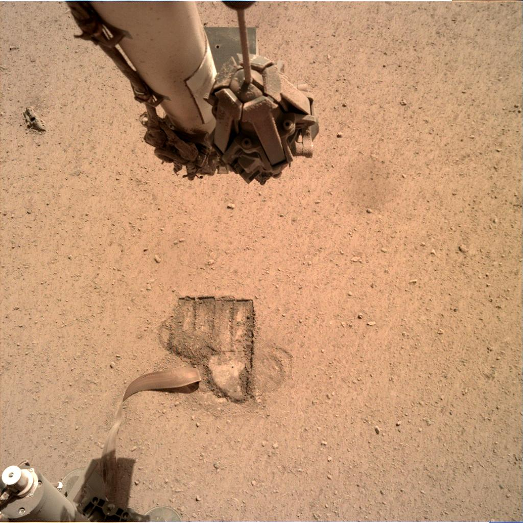 Nasa's Mars lander InSight acquired this image using its Instrument Deployment Camera on Sol 690