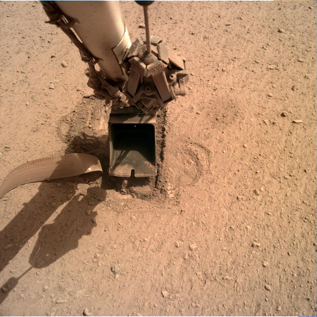 Nasa's Mars lander InSight acquired this image using its Instrument Deployment Camera on Sol 720