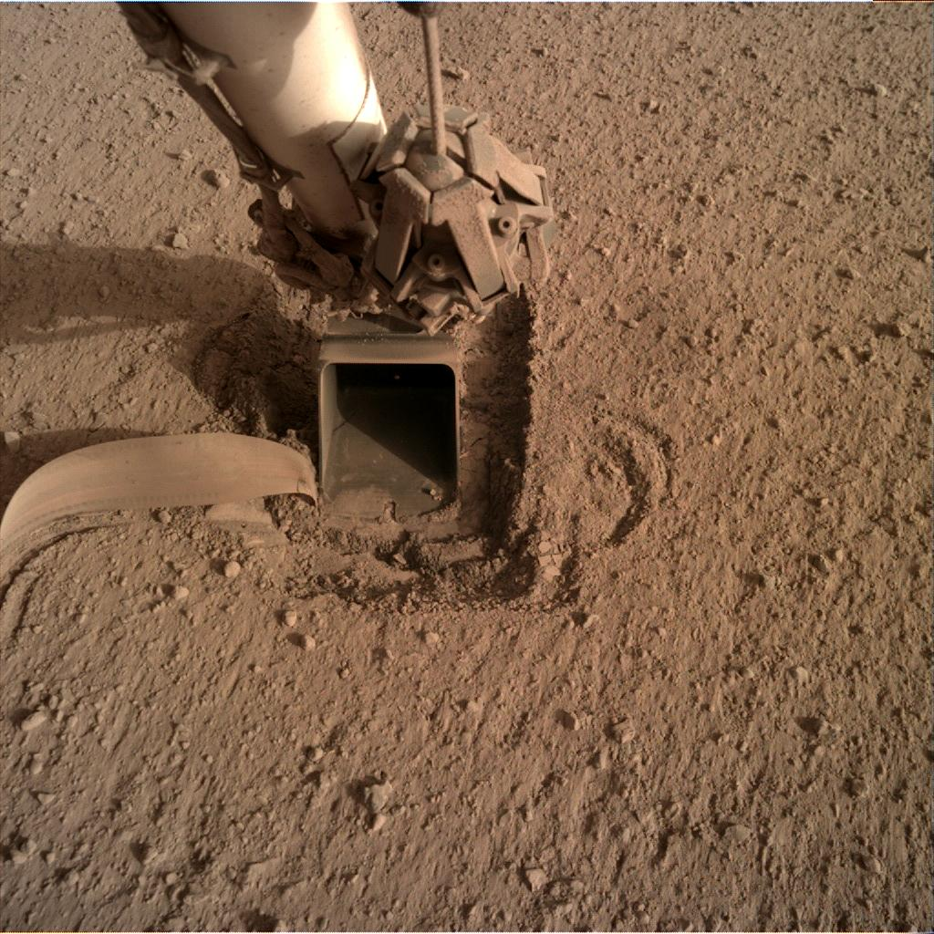 Nasa's Mars lander InSight acquired this image using its Instrument Deployment Camera on Sol 739
