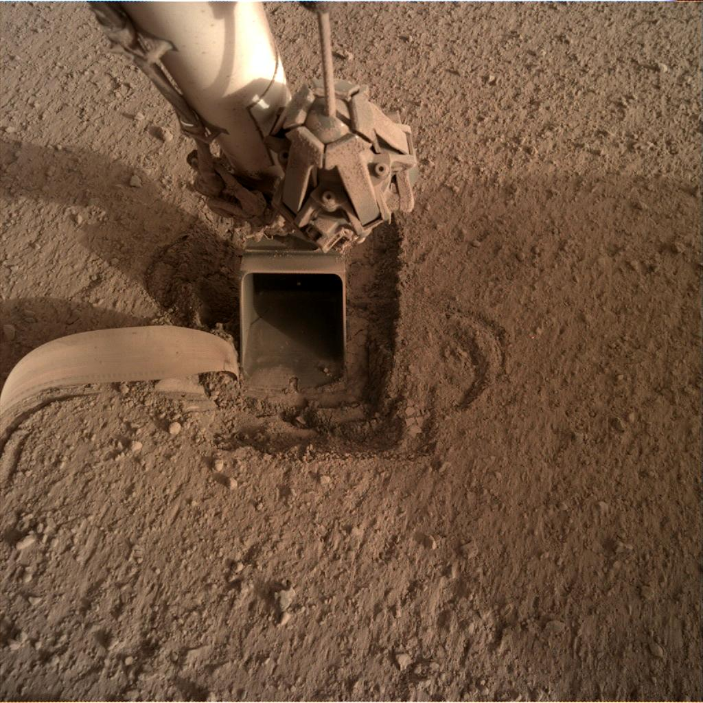 Nasa's Mars lander InSight acquired this image using its Instrument Deployment Camera on Sol 748