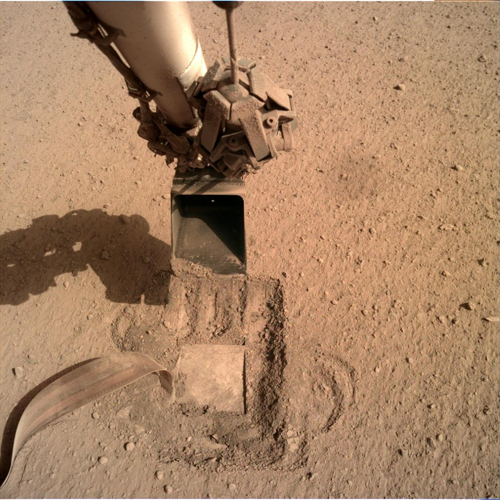 Nasa's Mars lander InSight acquired this image using its Instrument Deployment Camera on Sol 775