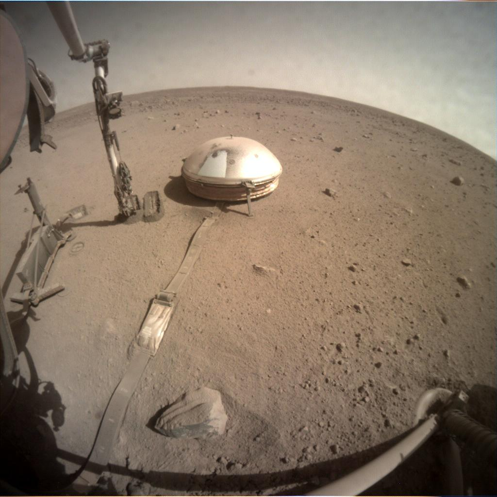 Nasa's Mars lander InSight acquired this image using its Instrument Context Camera on Sol 822