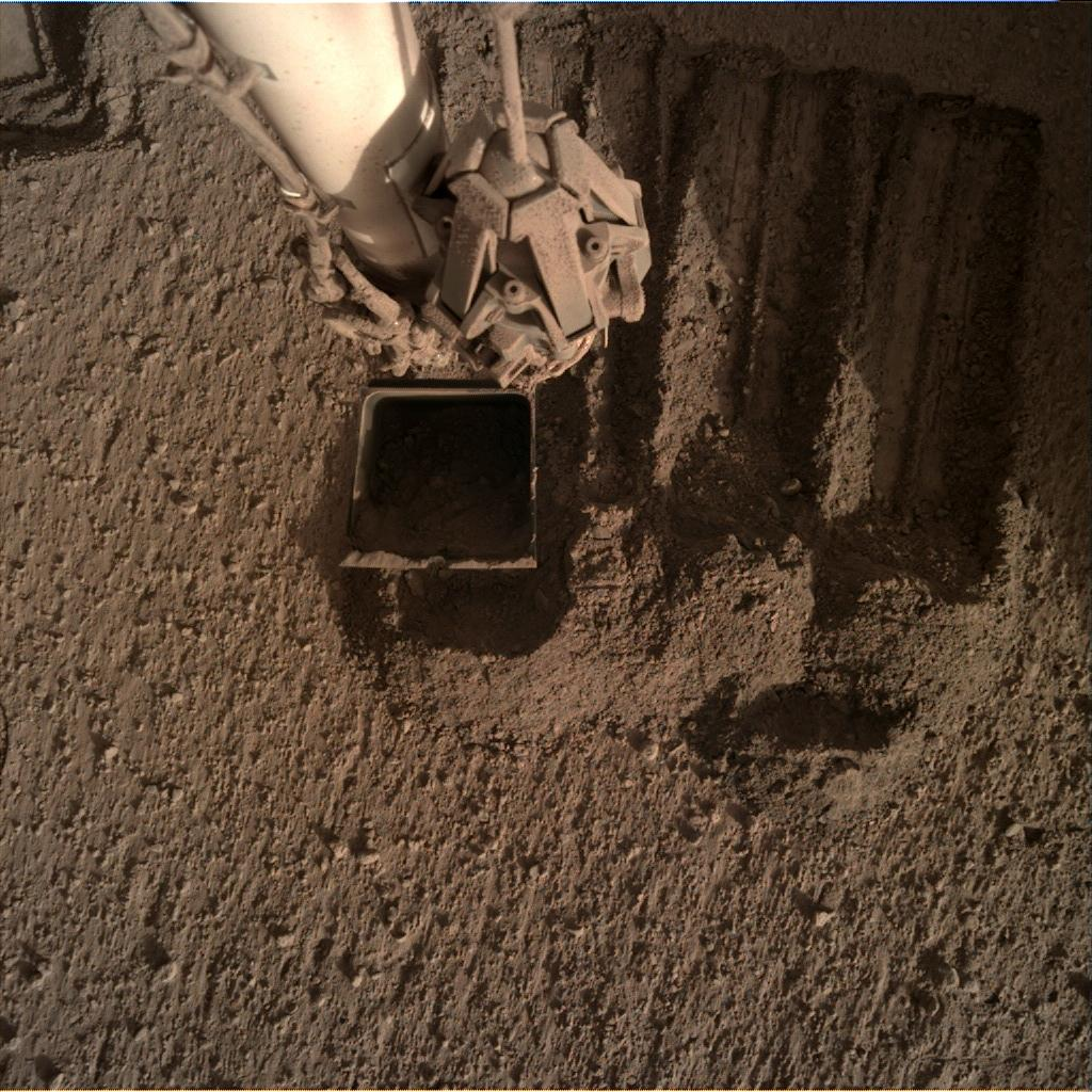 Nasa's Mars lander InSight acquired this image using its Instrument Deployment Camera on Sol 850