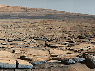 Characterize the geology of Mars