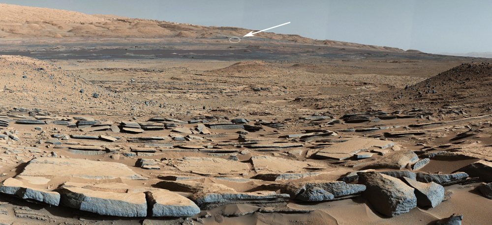 Aproximate location of Curiosity at the base of Mount Sharp