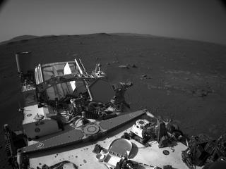 View image taken on Mars, Mars Perseverance Sol 2: Right Navigation Camera (Navcam)