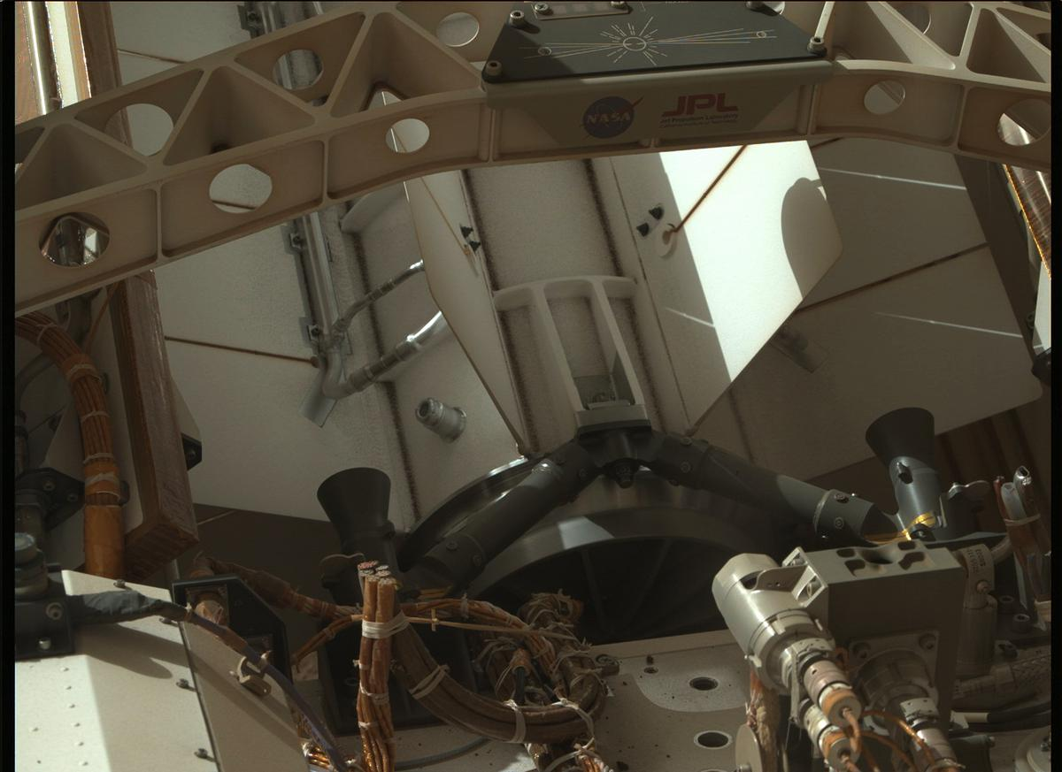 This image was taken by MCZ_RIGHT onboard NASA's Mars rover Perseverance on Sol 3