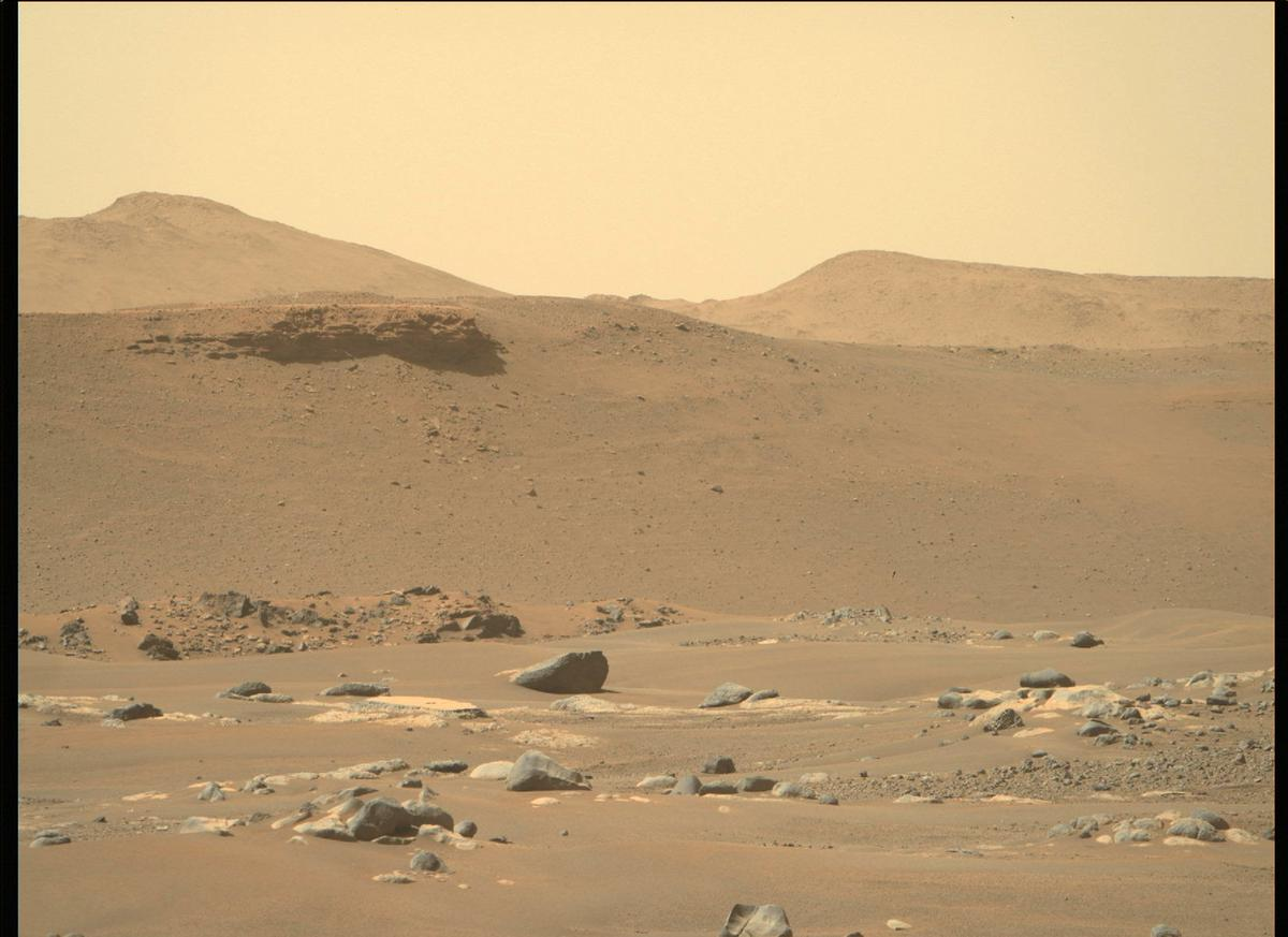 This image was taken by MCZ_RIGHT onboard NASA's Mars rover Perseverance on Sol 4