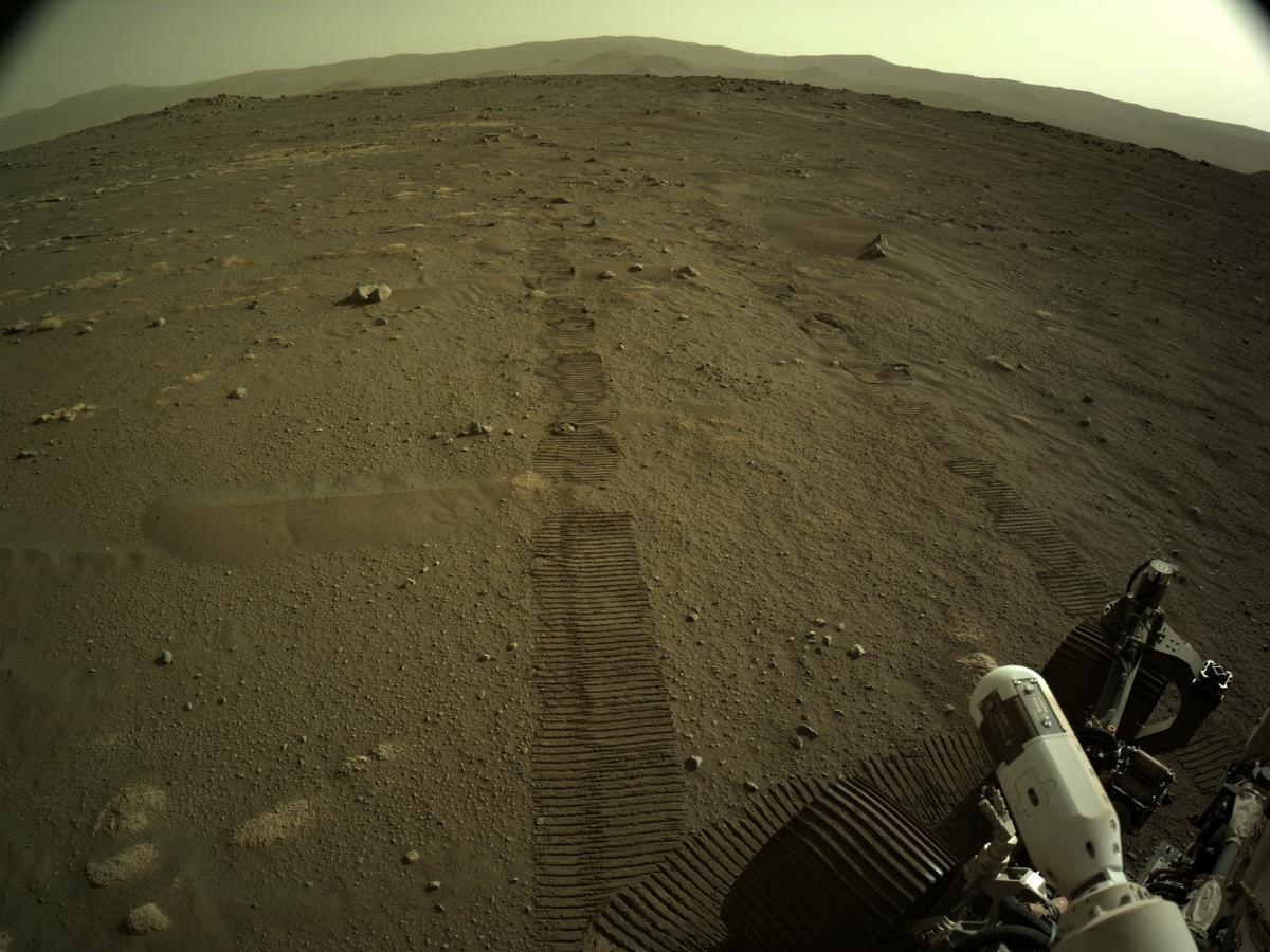 """Perseverance"" Rover (Mars - krater Jezero) : Novih 7 MINUTA TERORA  - Page 10 NLF_0015_0668288016_786ECM_N0030386NCAM02001_01_295J01_1200"