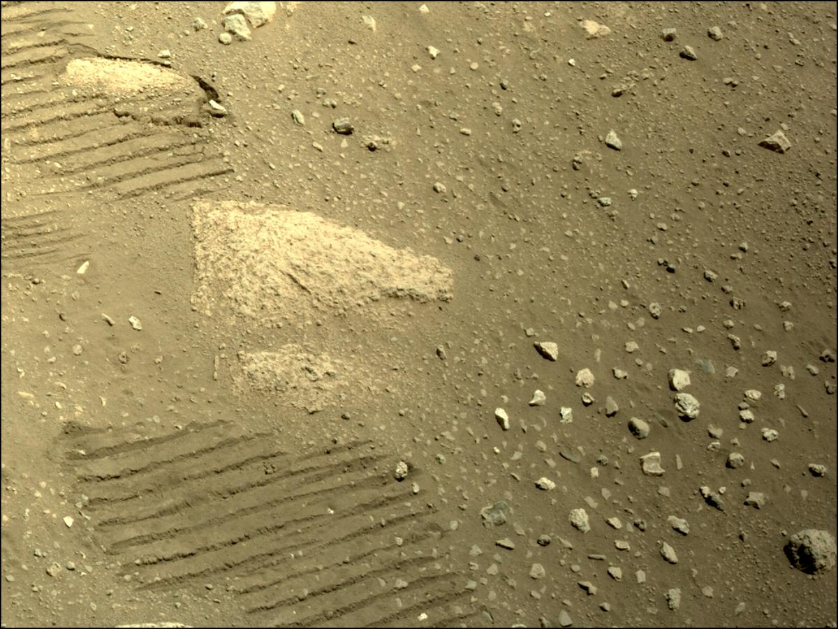 This image was taken by NAVCAM_LEFT onboard NASA's Mars rover Perseverance on Sol 47