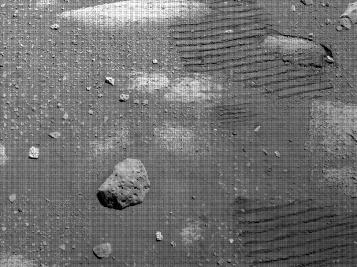 This image was taken by NAVCAM_RIGHT onboard NASA's Mars rover Perseverance on Sol 47