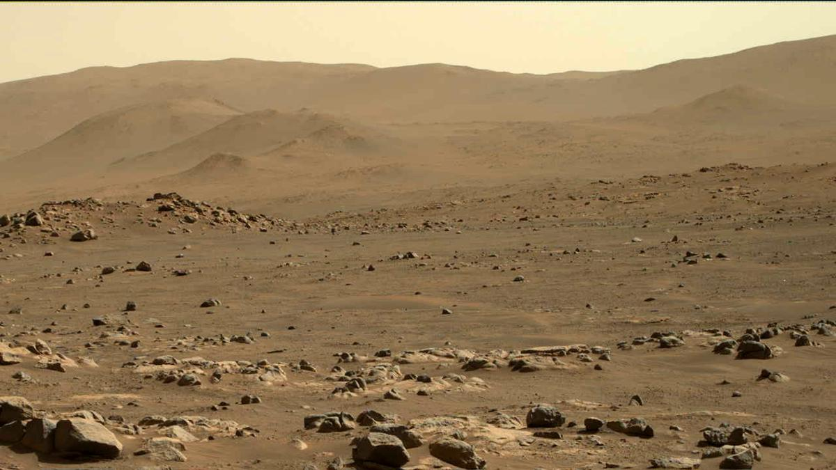 This image was taken by MCZ_RIGHT onboard NASA's Mars rover Perseverance on Sol 74