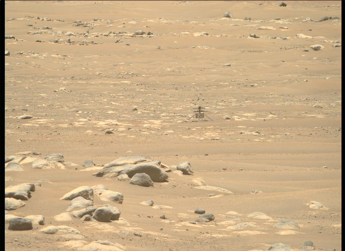 This image was taken by MCZ_RIGHT onboard NASA's Mars rover Perseverance on Sol 75