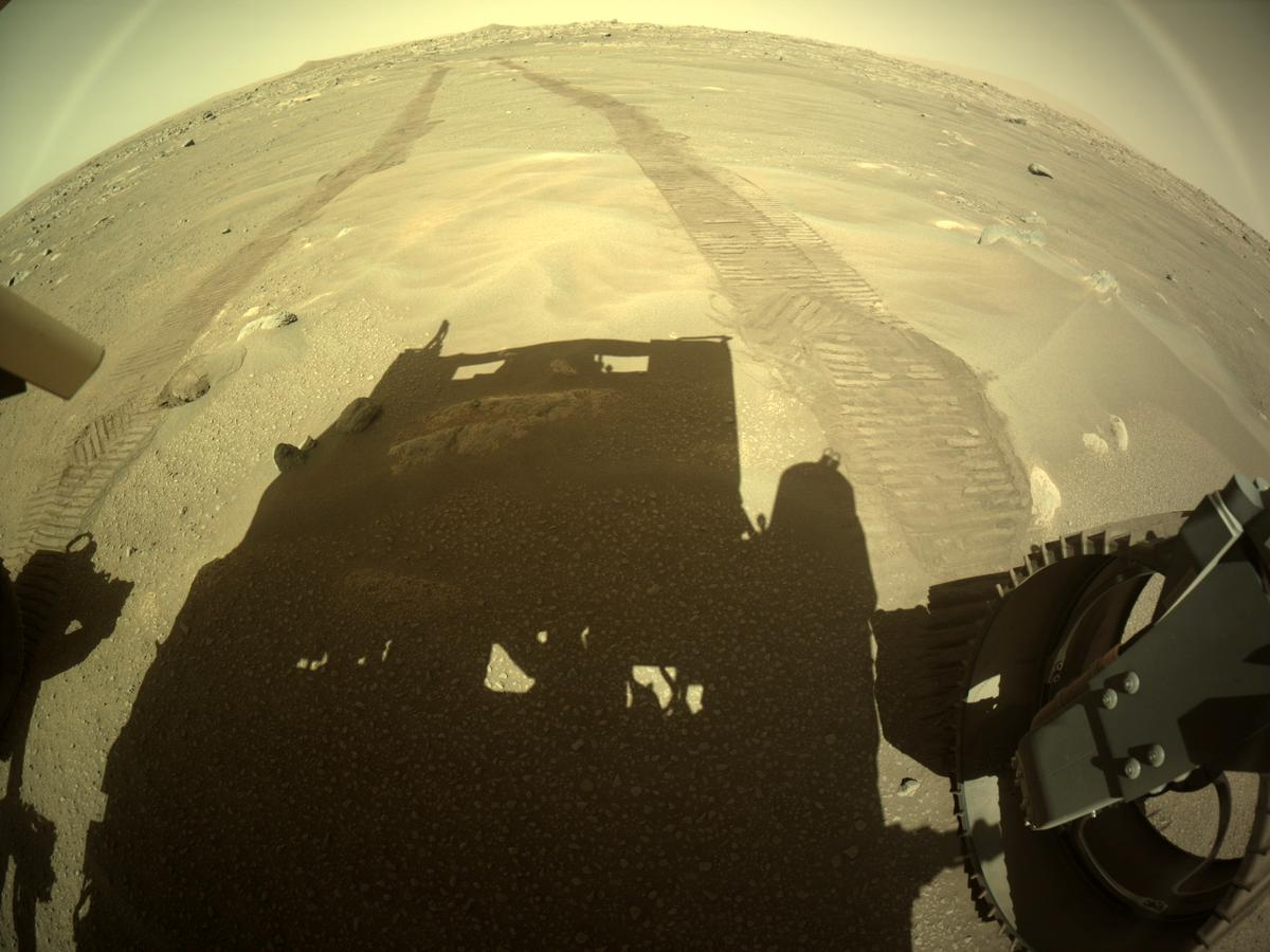 This image was taken by REAR_HAZCAM_RIGHT onboard NASA's Mars rover Perseverance on Sol 102