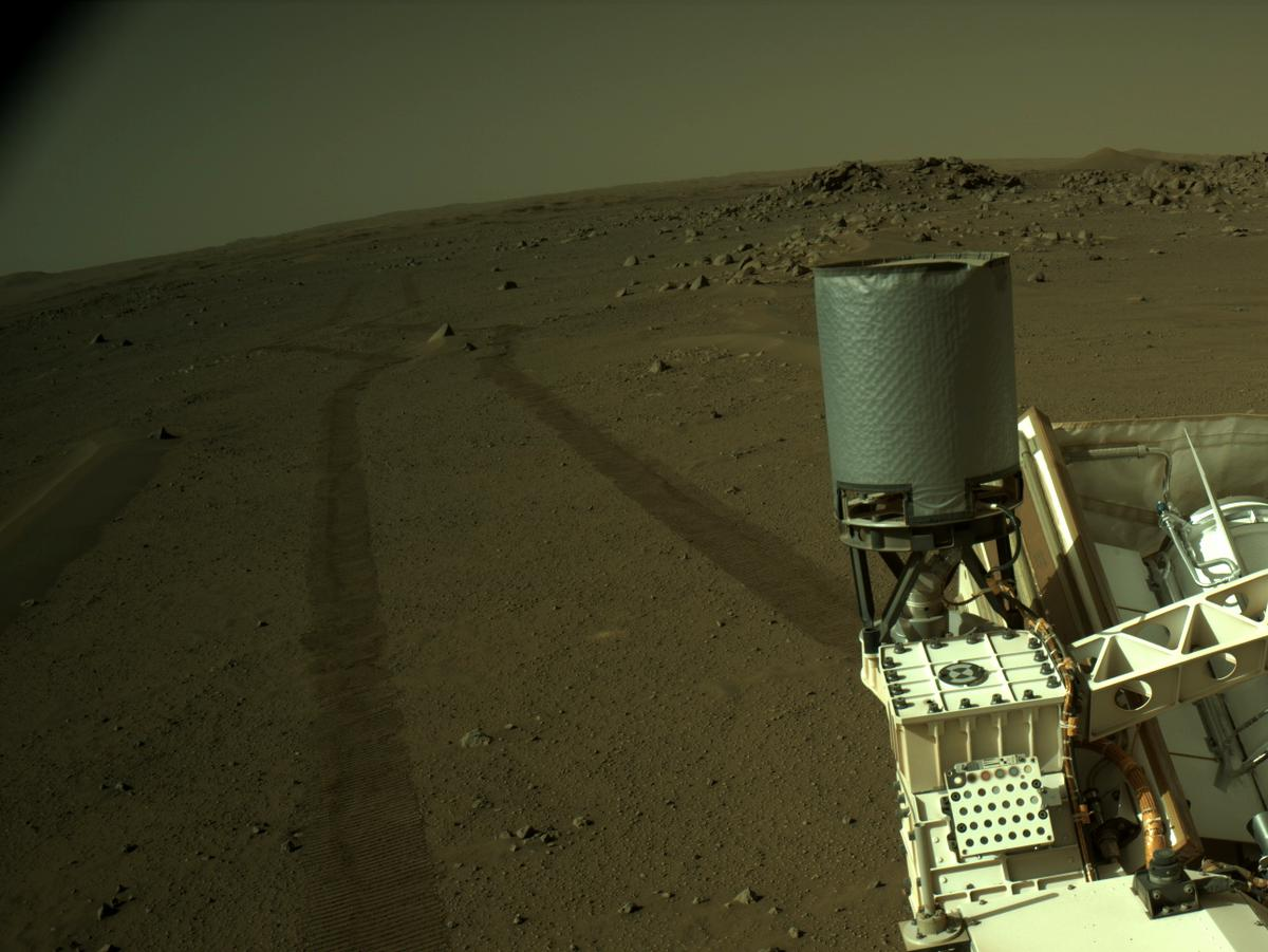 This image was taken by NAVCAM_LEFT onboard NASA's Mars rover Perseverance on Sol 113
