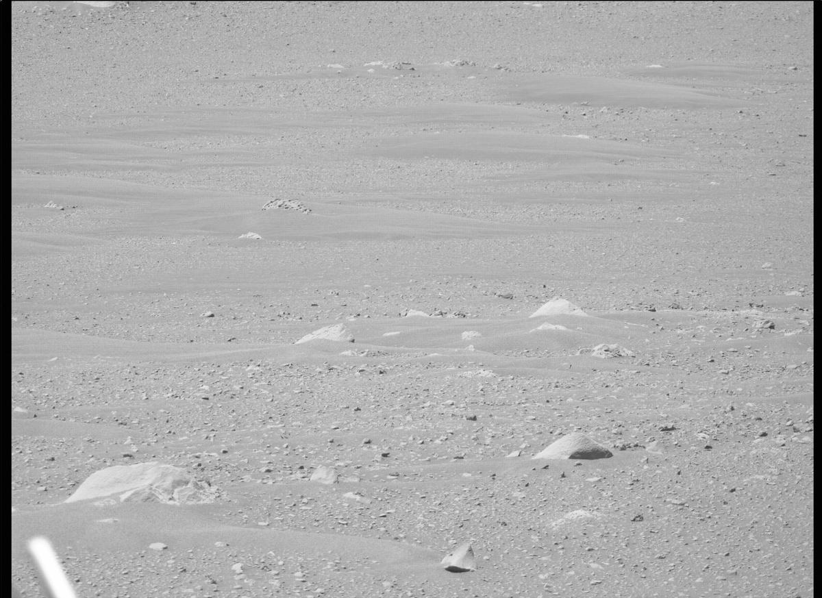 This image was taken by MCZ_RIGHT onboard NASA's Mars rover Perseverance on Sol 114