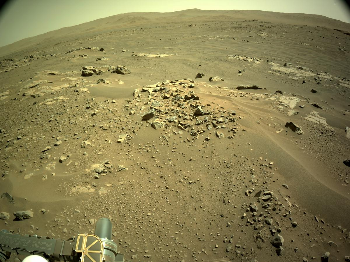 This image was taken by NAVCAM_RIGHT onboard NASA's Mars rover Perseverance on Sol 116