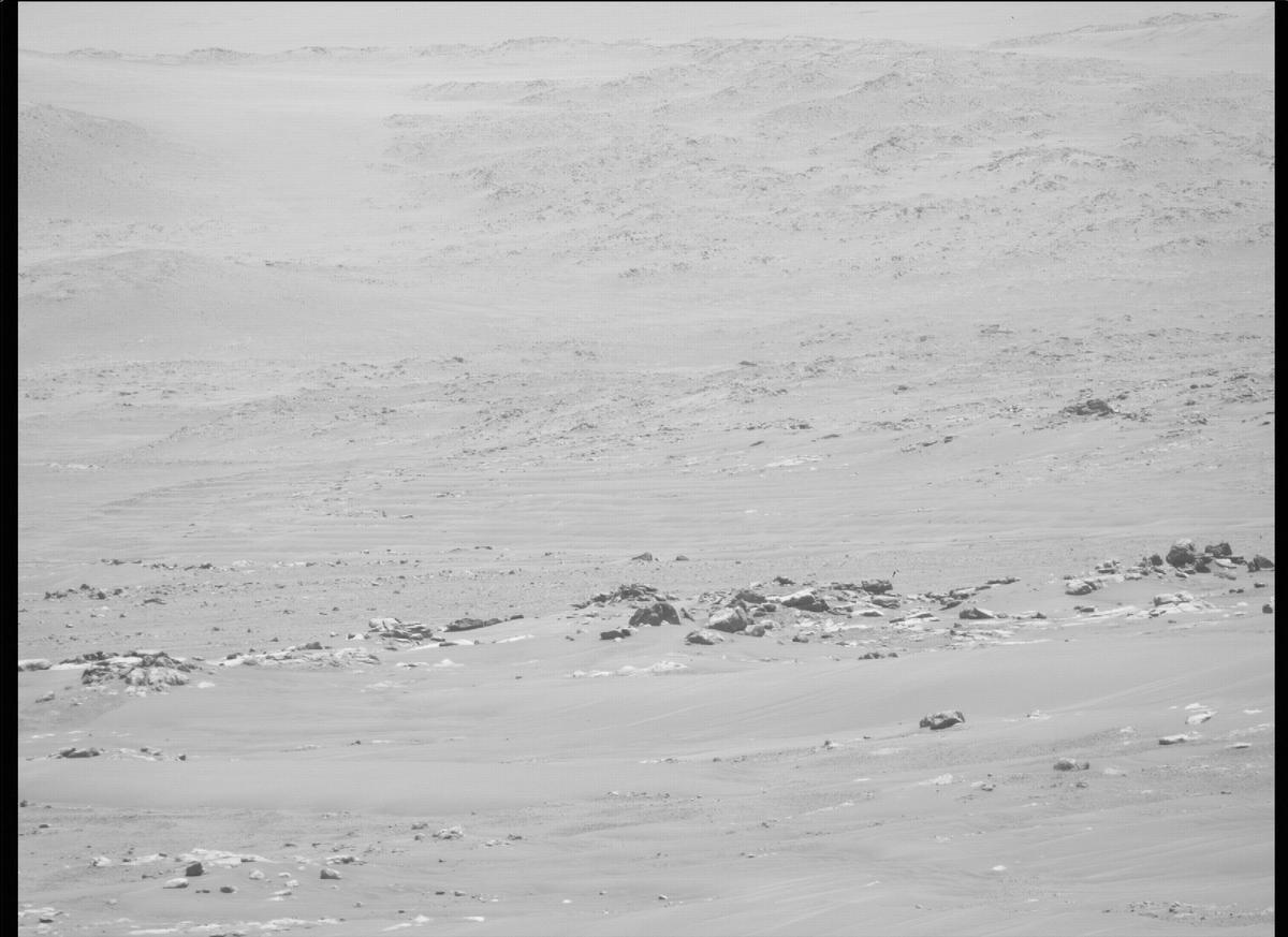 This image was taken by MCZ_RIGHT onboard NASA's Mars rover Perseverance on Sol 118