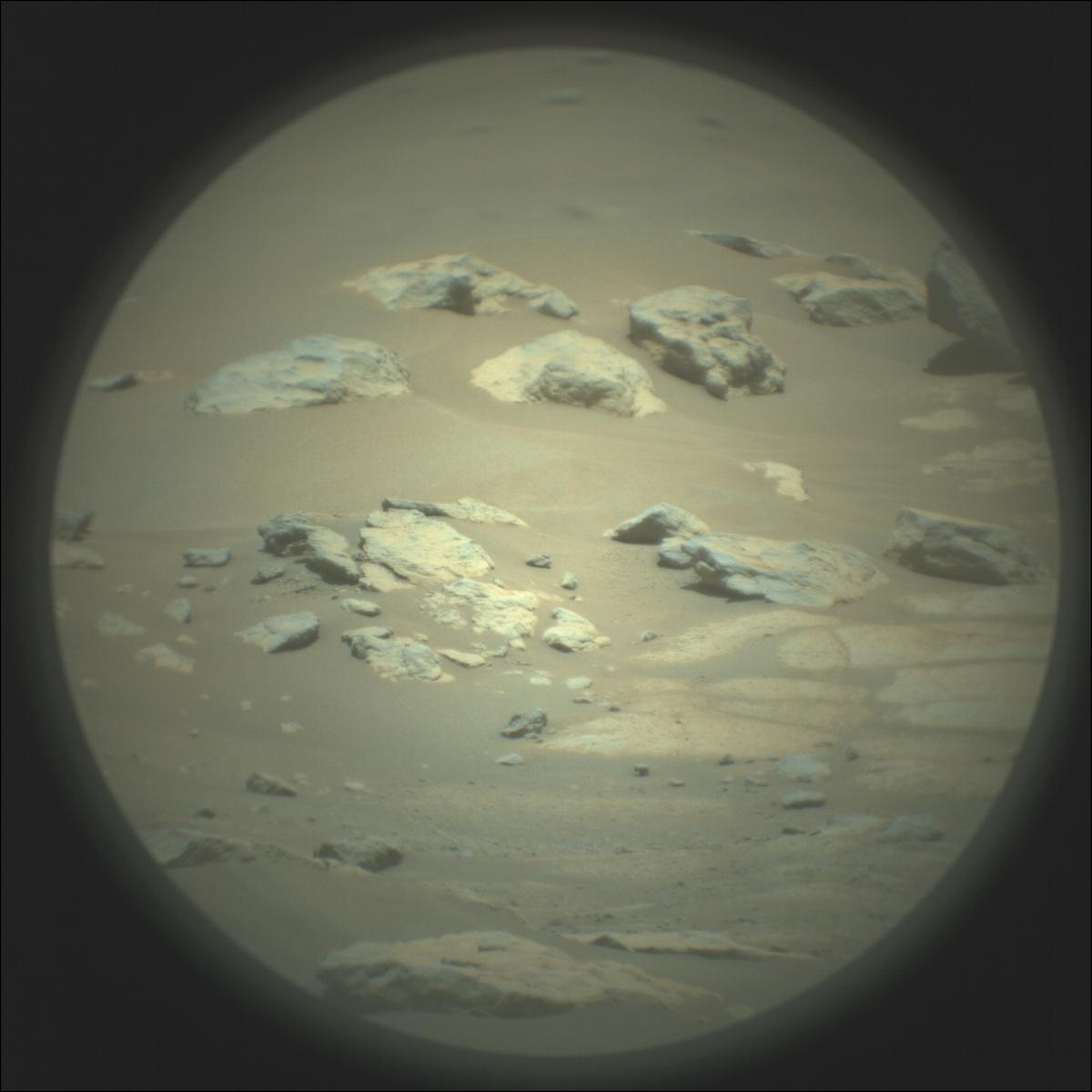This image was taken by SUPERCAM_RMI onboard NASA's Mars rover Perseverance on Sol 119