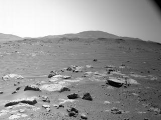View image taken on Mars, Mars Perseverance Sol 120: Right Navigation Camera (Navcam)