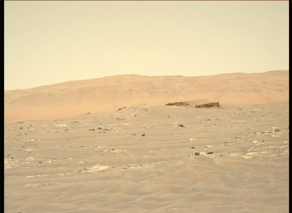 This image was taken by MCZ_LEFT onboard NASA's Mars rover Perseverance on Sol 121
