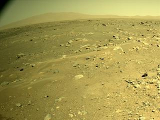 View image taken on Mars, Mars Perseverance Sol 122: Right Navigation Camera (Navcam)