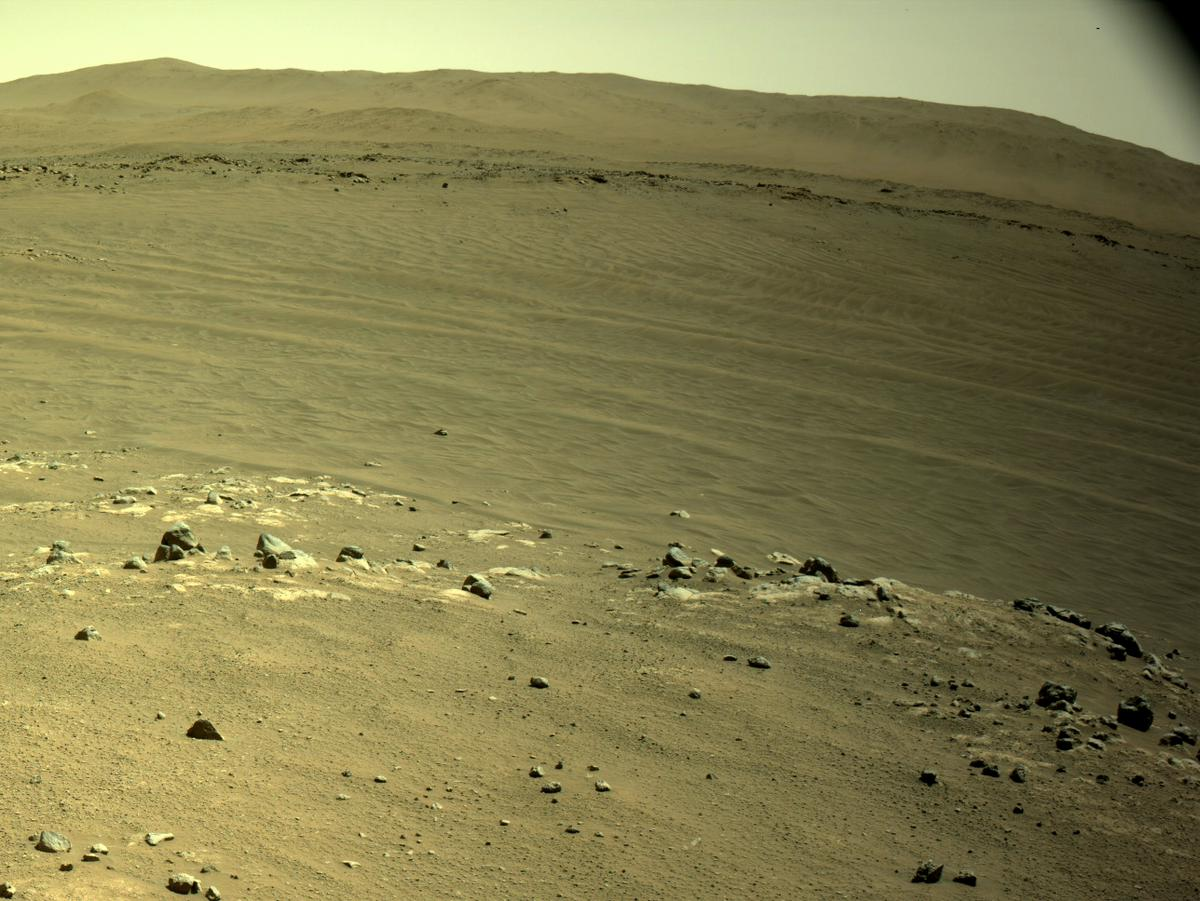 This image was taken by NAVCAM_RIGHT onboard NASA's Mars rover Perseverance on Sol 136