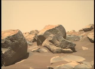 View image taken on Mars, Mars Perseverance Sol 136: Right Mastcam-Z Camera