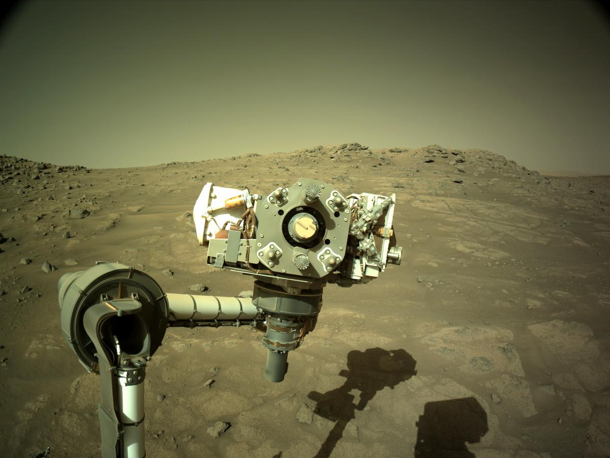 This image was taken by NAVCAM_LEFT onboard NASA's Mars rover Perseverance on Sol 143