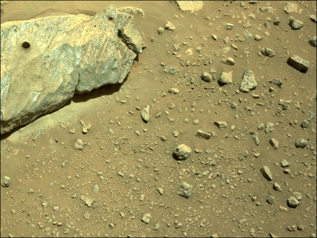 This image was taken by NAVCAM_LEFT onboard NASA's Mars rover Perseverance on Sol 190
