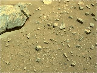View image taken on Mars, Mars Perseverance Sol 190: Right Navigation Camera (Navcam)