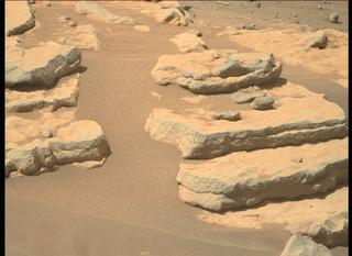 View image taken on Mars, Mars Perseverance Sol 204: Right Mastcam-Z Camera
