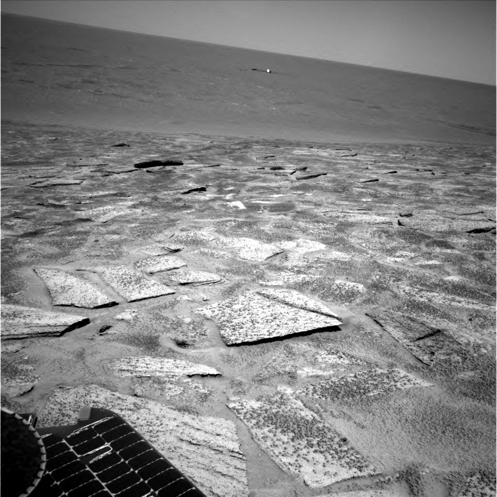 http://marsrovers.jpl.nasa.gov/gallery/all/1/n/119/1N138745027EFF2809P1987R0M1.JPG