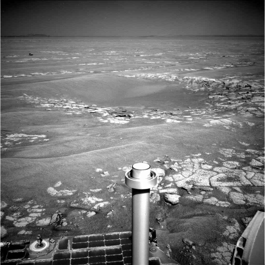 Opportunity va explorer le cratère Endeavour - Page 8 1N337966064EFFAQZHP0673R0M1