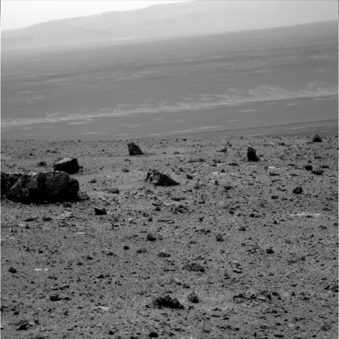http://marsrovers.jpl.nasa.gov/gallery/press/opportunity/20110819a/PIA14534_sol2686_1P366631621EFFBMJYP2584R2M1_br2.jpg