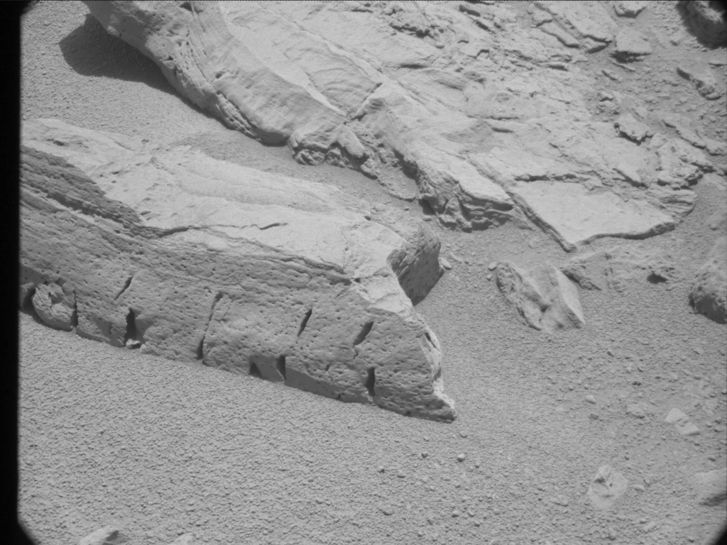 NASA's Mars rover Curiosity acquired this image using its Mast Camera (Mastcam) on Sol 86